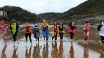 Caswell Bay dip for fund-raising students